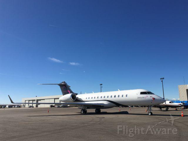 N288ZJ — - Nice looking Global Express in Denver.