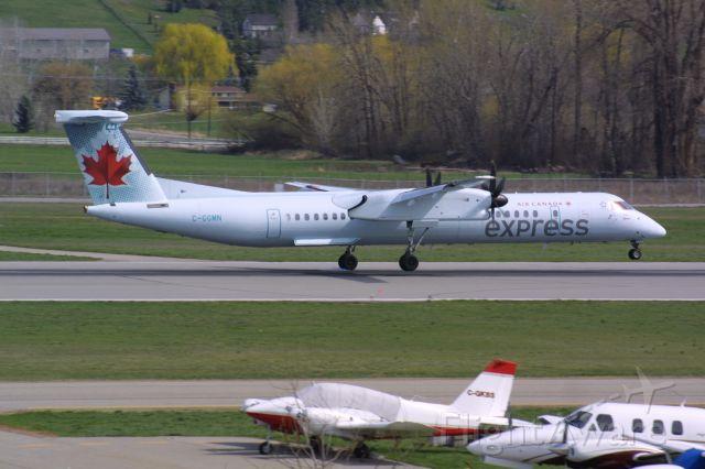 de Havilland Dash 8-400 (C-GGMN)
