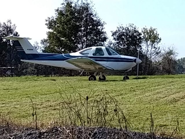Beechcraft Skipper (N38086) - Skippy ready for short field take-off!