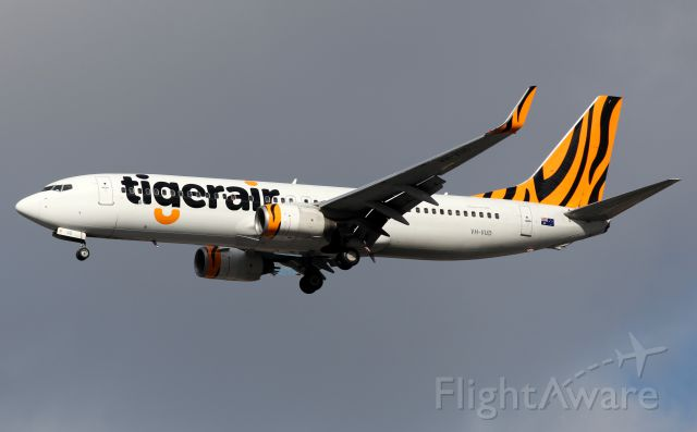 Boeing 737-800 (VH-VUD) - Short Final To Rwy 16R