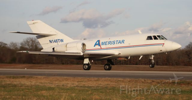Dassault Falcon 20 (N148TW) - A 1968 model Dassault / SUD Fan Jet Falcon departing Pryor Regional Airport, Decatur, AL, via Runway 18, in the late afternoon - January 8, 2019.