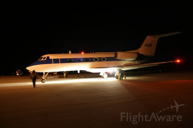 Gulfstream American Gulfstream 2 (N944NA) - Taxiing into the Chocks at KTTS