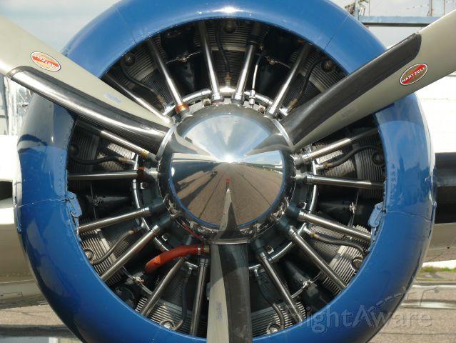Beechcraft 18 (N223JW)