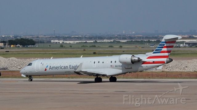 Canadair Regional Jet CRJ-700 (N611QX)