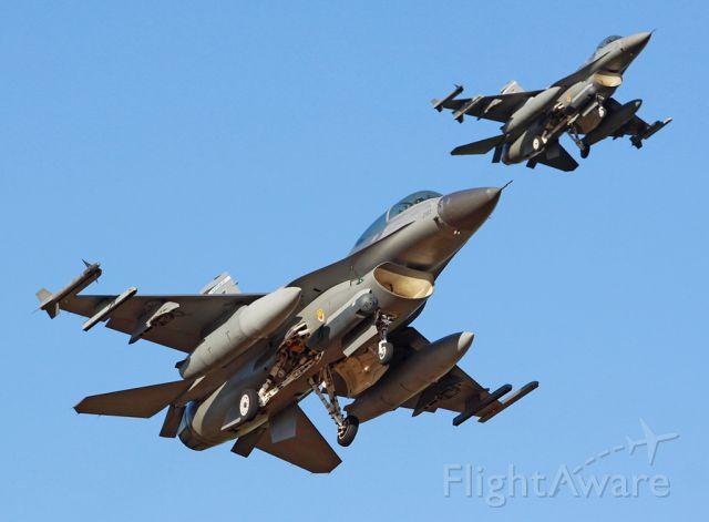 Lockheed F-16 Fighting Falcon — - F-16 LUKE USAF PHX