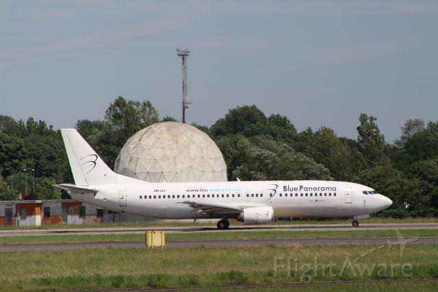 Boeing 737-700 (OM-DEX)