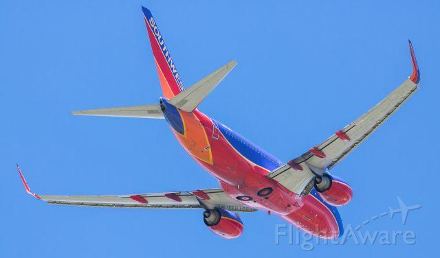 Boeing 737-700 (N957WN) - Southwests N957WN departing runway 1L @ Milwaukees Mitchell International; 07/20/17