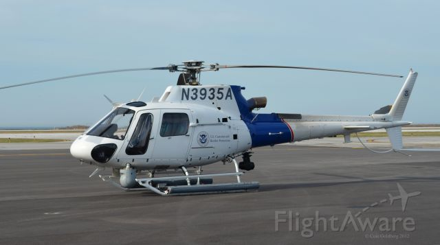 N3935A — - N3935A seen at KBKL. Please look for more photos at Opshots.net