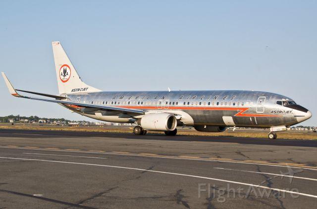 Boeing 737-800 (N951AA) - ASTROJET