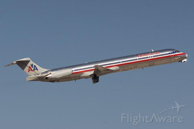 McDonnell Douglas MD-82 (N7514A)