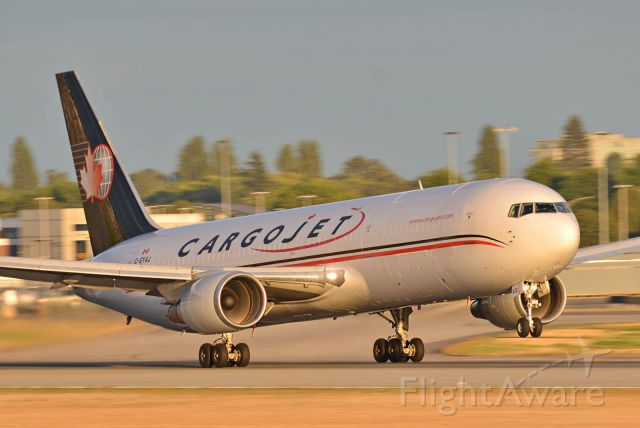 BOEING 767-200 (C-GYAJ)