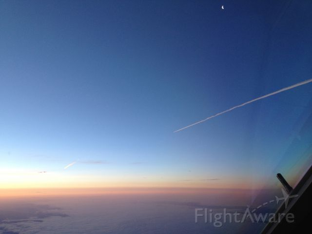 Airbus A320 — - The moon, an A320 & thee...