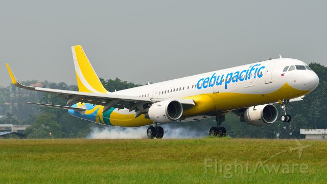 Airbus A321 (RP-C4111) - The first A321 for Cebu Pacific was seen at WMSA/SZB conducting crew training/familiarisation flights prior to entry into passenger service.