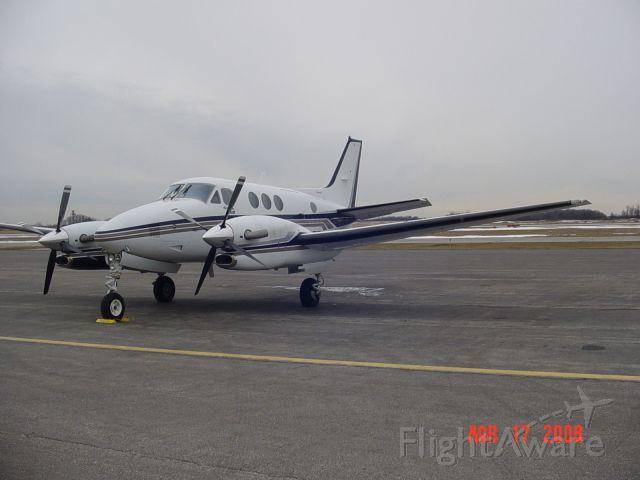 Beechcraft King Air 90 (N3035T)