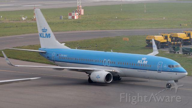 "Boeing 737-800 (PH-BXC) - ""Korhoen"""
