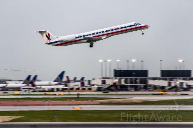 Embraer ERJ-145 (N850AE)