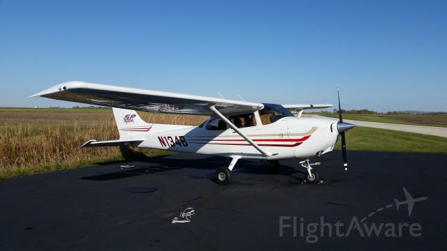 Cessna Skyhawk (N134B)