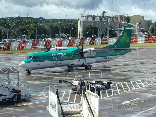 Airbus A320 (EI-FAW)
