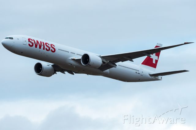 BOEING 777-300 (HB-JNA) - first landing at LSZH