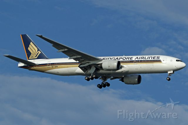 Boeing 777-200 (9V-SVN)