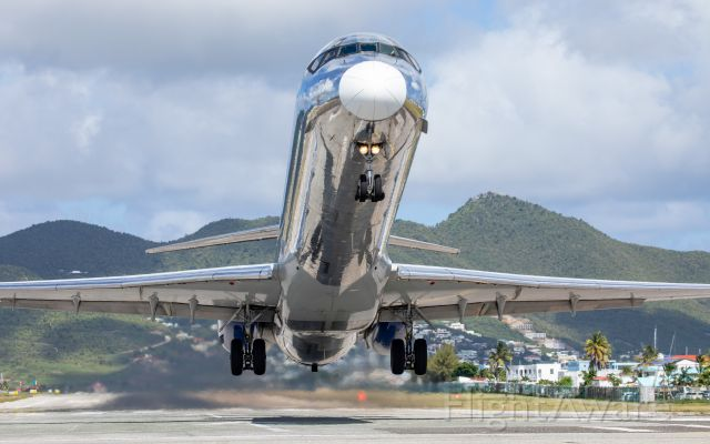 McDonnell Douglas MD-83 (N801WA) - At Maho Beach, SXM