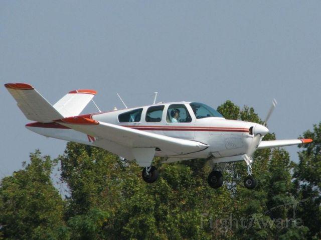 Beechcraft 35 Bonanza (N98GM) - Landing on 14 at Downtown Shreveport.