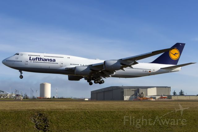 BOEING 747-8 (D-ABYL) - Landing after a test flight on Rwy 34L