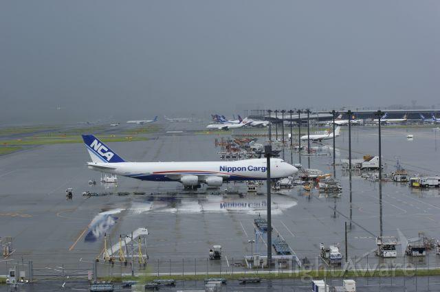 BOEING 747-8 (JA13KZ)