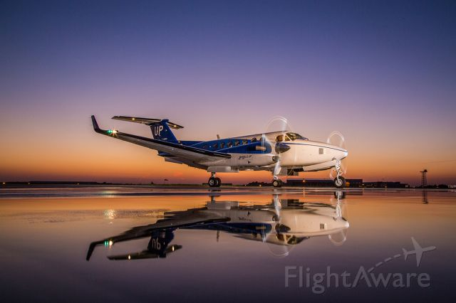 Beechcraft Super King Air 350 (N829UP)