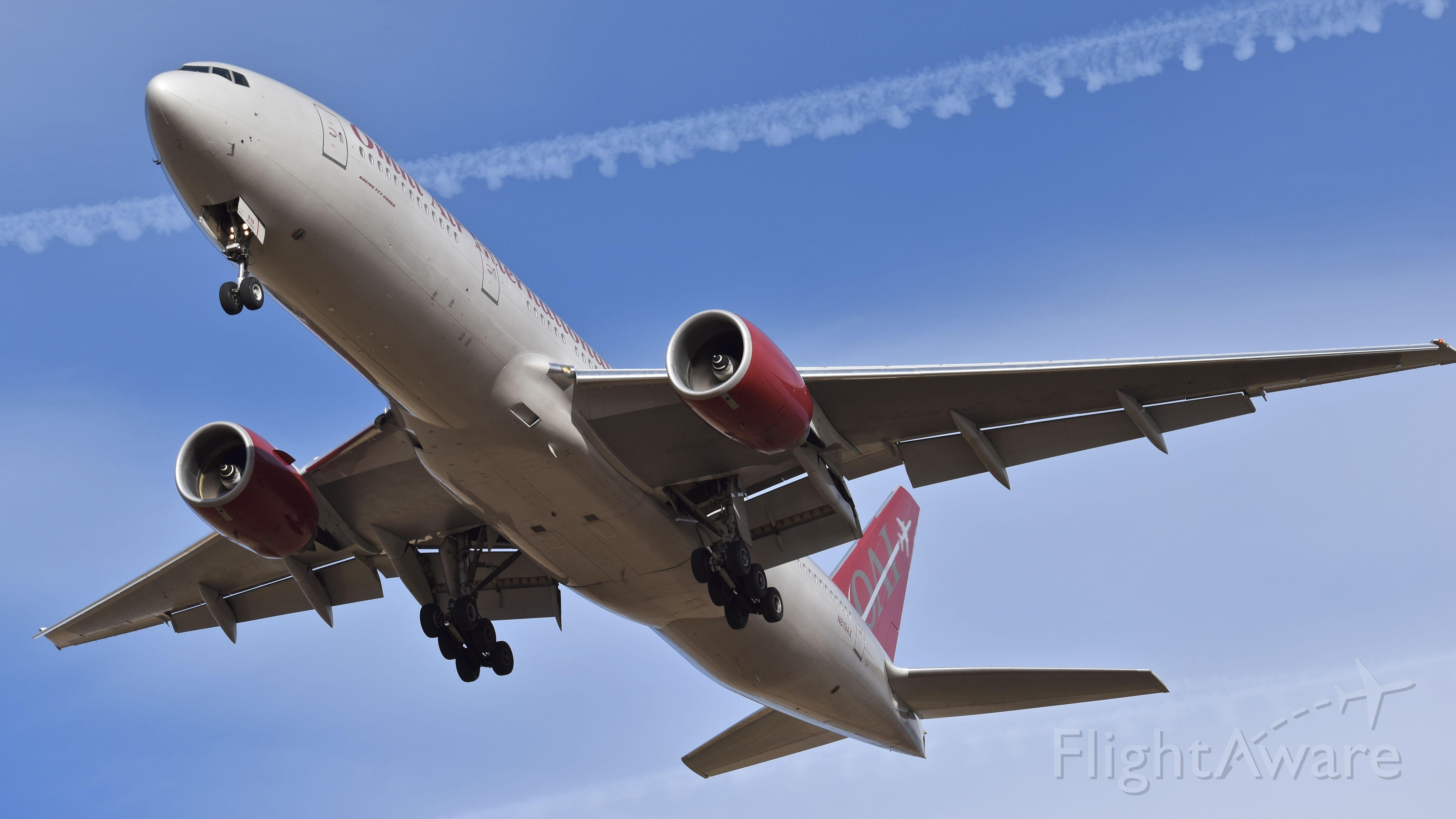 Boeing 777-200 (N819AX) - Omni Air International Boeing 777-2U8 (ER) on final for RWY 17L at Colorado Springs Airport