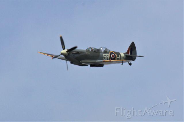 SUPERMARINE Spitfire (G-CCCA) - Stampe fly-in 17-5-2015