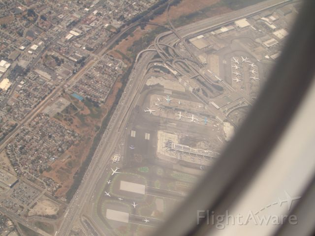 — — - Flying above SFO