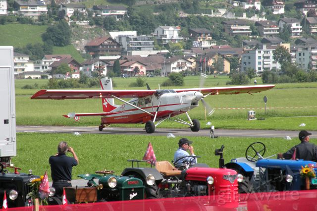 — — - Pilatus PC-6 (1 Agosto 2014 - PC-24 ROLLOUT)