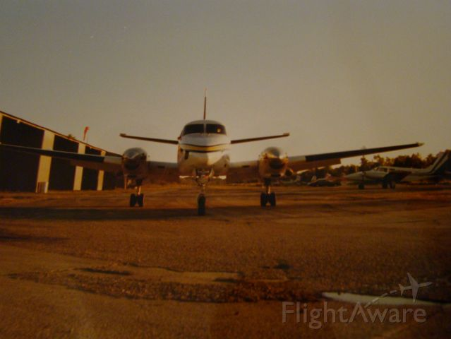 N2060Y — - King Air B-100 operated by Westwego Aviation in and out of Westwego Airport.