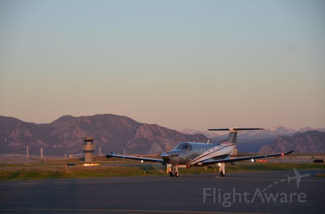 Pilatus PC-12 (N79NG) - Sunrise at KBJC