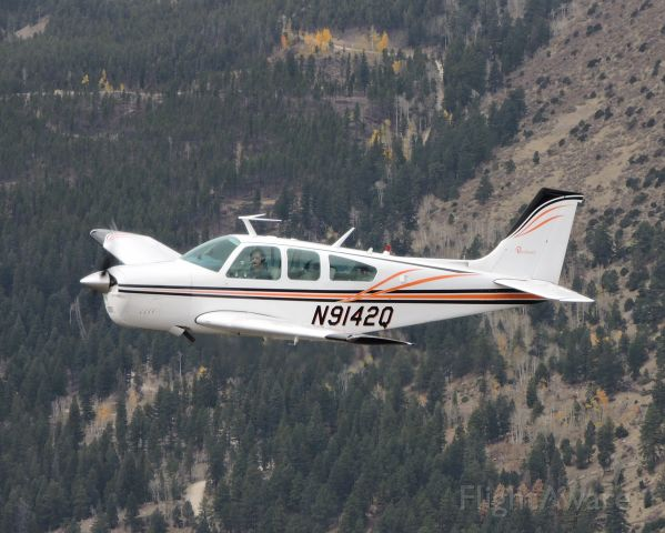 Beechcraft Bonanza (33) (N9142Q)