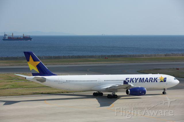 Airbus A330-300 (JA330A)