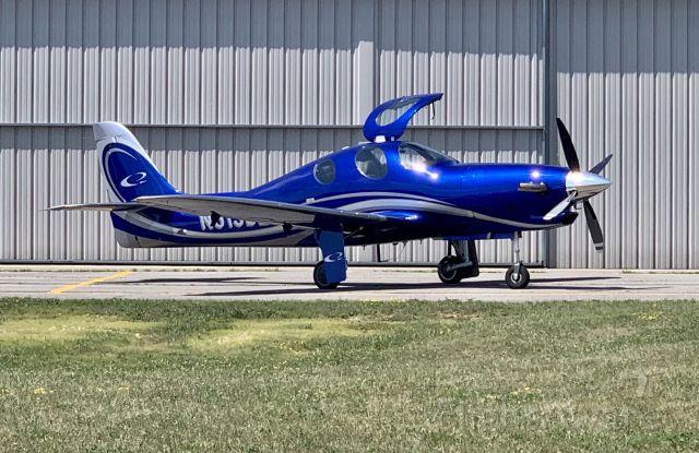 Lancair Evolution (N515DL) - A beautiful Lancair Evolution prepares for departure.