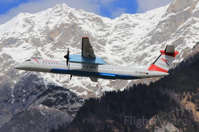 de Havilland Dash 8-400 (OE-LGH)
