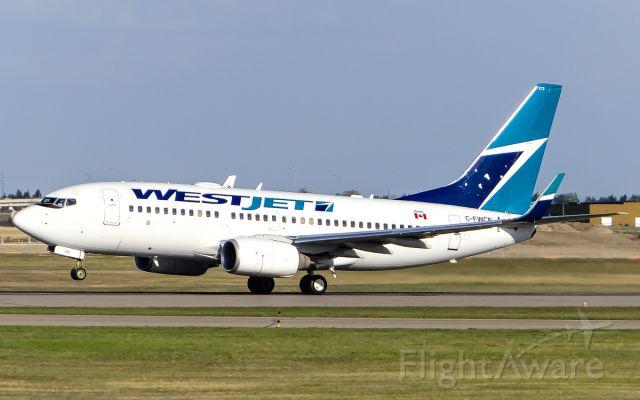 Boeing 737-700 (C-FWCN)