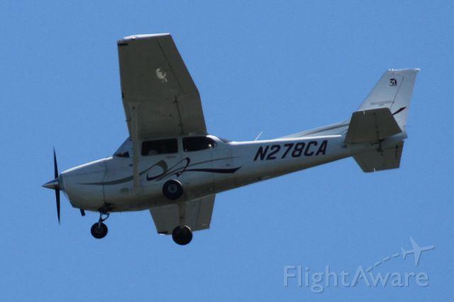 Cessna Skyhawk (N278CA) - Over Mercer Island, WA