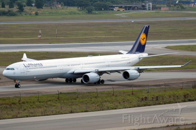 Airbus A340-600 (D-AIHU)