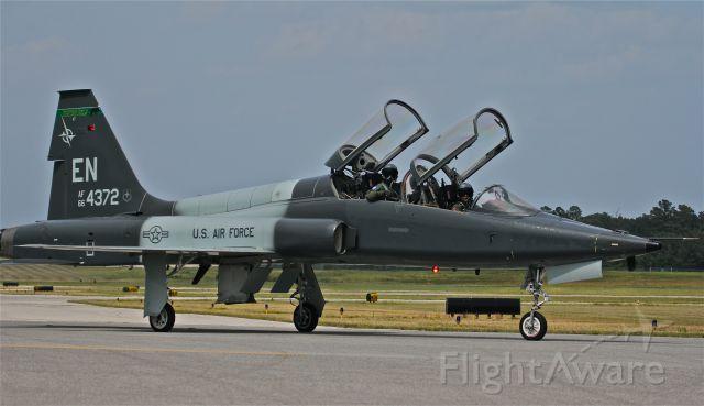 Northrop T-38 Talon (66-4372) - T-38 training