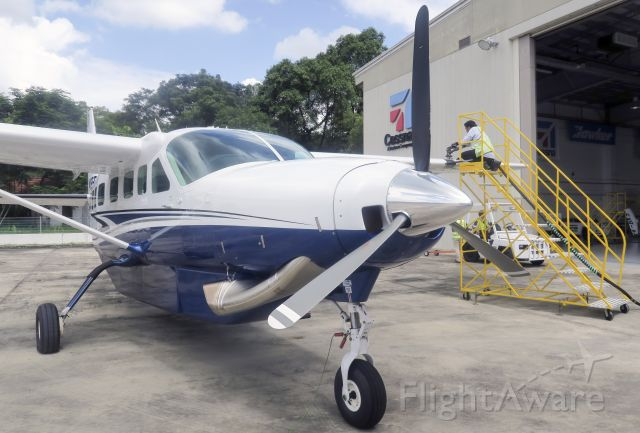 Cessna Caravan (N195EX) - Getting ready for a ferry flight to the USA.