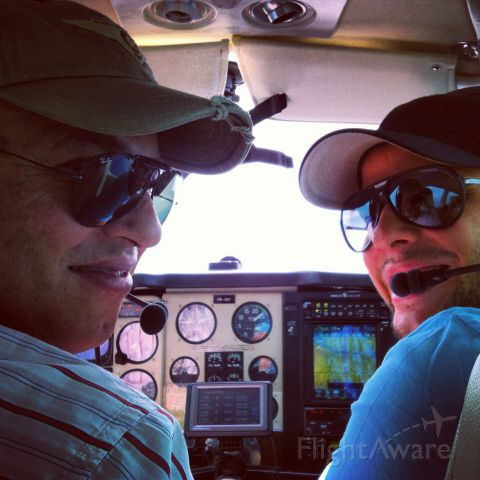 Beechcraft 35 Bonanza (PR-ODT) - From SBDN to SBCG