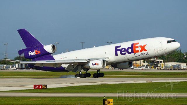 McDonnell Douglas DC-10 (N316FE) - 22 arrival.