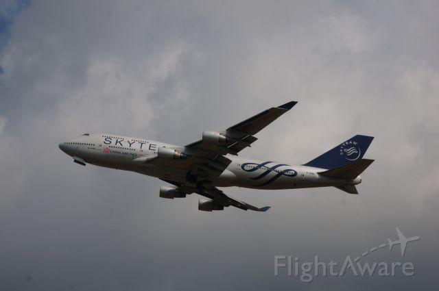 Boeing 747-400 (B-18206) - Skyteam Livery