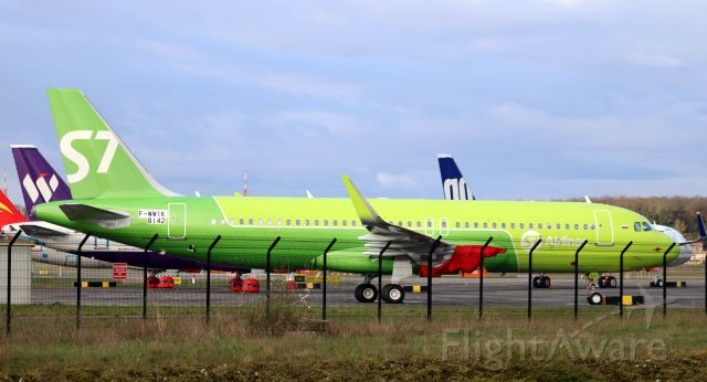 Airbus A320 (F-WWIK) - One of many A320NEOs stored at TLS 17-18th March 2018