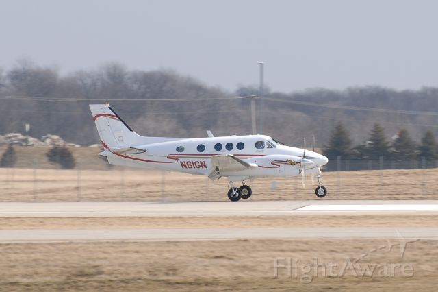 Beechcraft King Air 90 (N61GN)