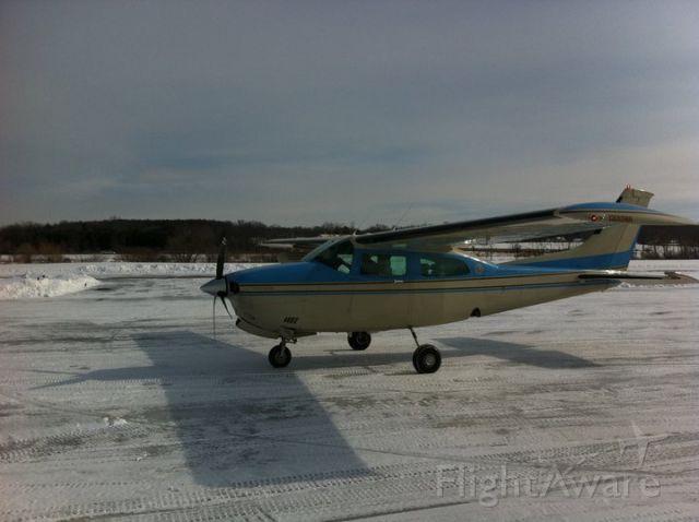 Cessna Centurion (N1386U)